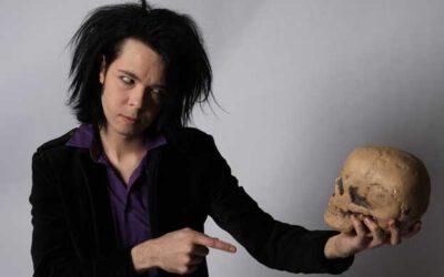 """""""Mitä jos rock'n'roll-unelma osoittautuukin painajaiseksi? – haastattelu Kulttuuritoimituksen sivuilla"""